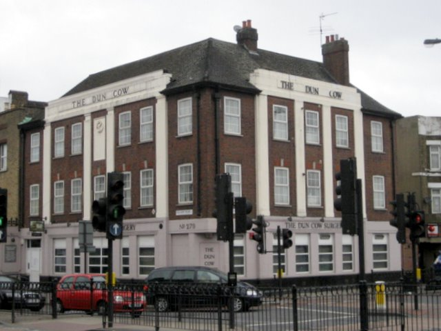 The Dun Cow pub as a doctors' surgery, Old Kent Road December 2008